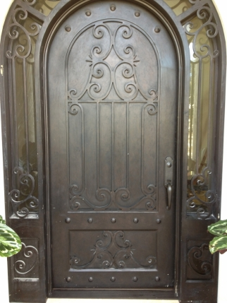 clark-hall-iron-doors-s185