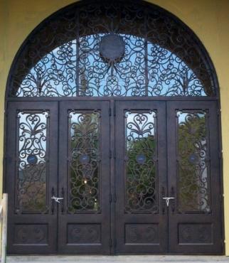 clark-hall-iron-doors-t170